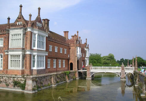 Helmingham Hall Gardens and Tea Rooms